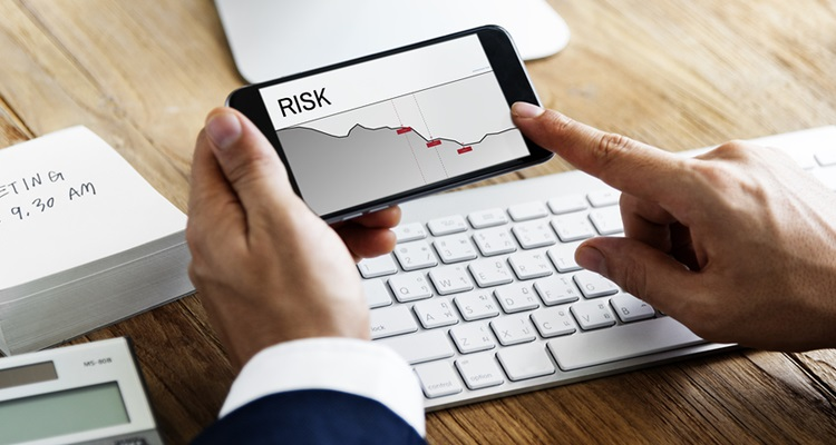Risk Management for Traders in Stock Market